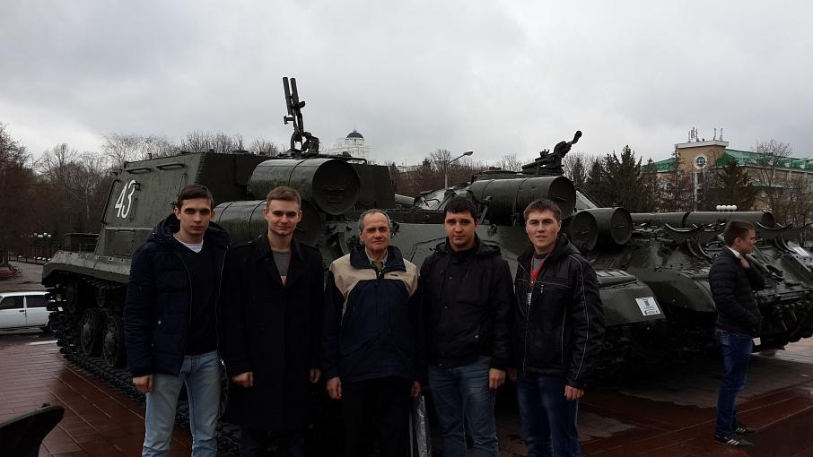Студенты Губкинского университета